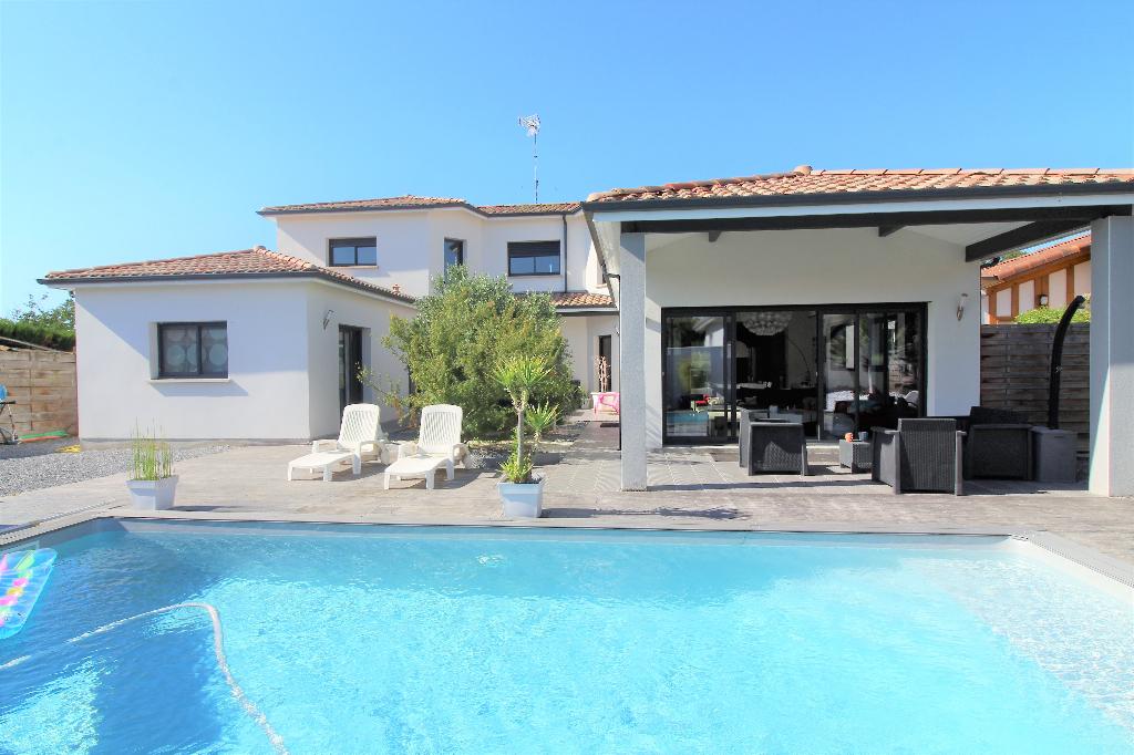 Maison A vendre 40230 Tosse - 6 pièces - 200 m² | Tosse Immo